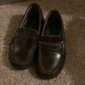 Sperry slip on boy shoes